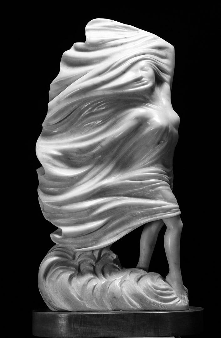 venere velata marmo bianco